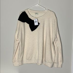 NWT Kate Spade Sweatshirt with big bow